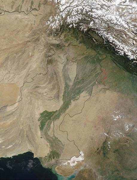 This NASA satellite image shows the Indus River basin. The Indus River flows through China, India and Pakistan and is 3180 kilometres (1976 miles) in length.